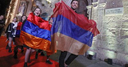 Armenia arrives on the Red Carpet